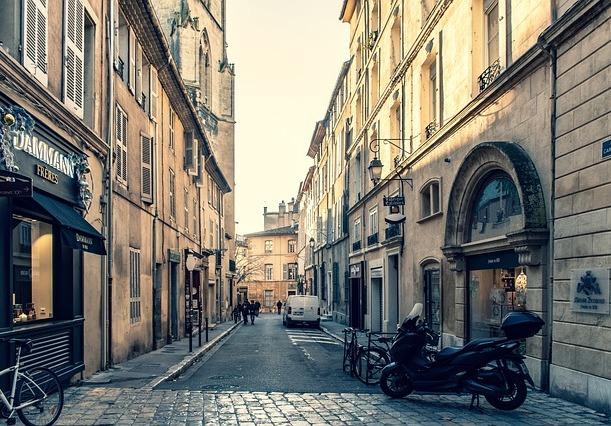 séduire des femmes à Aix-en-Provence